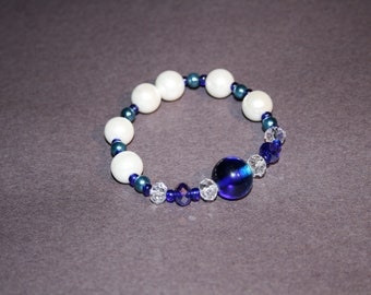 Beaded blue and white bracelet