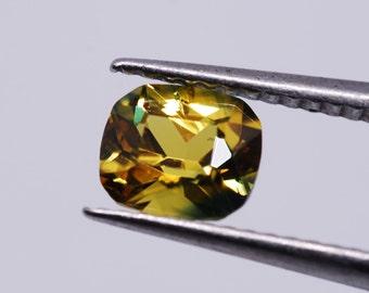 Saphir naturel 0.99 carats
