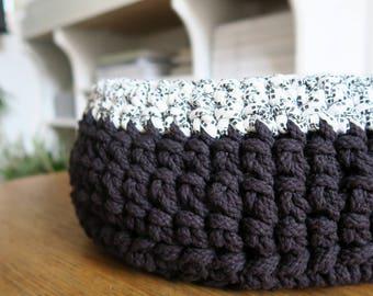 NEW! Dog & Cat Crochet Basket/Bed, Pet Basket in Black, Cosy Cat Bed, Cosy Dog Bed, Cosy Pet Bed, Handmade Pet Basket, Puppy Bed, Kitten Bed