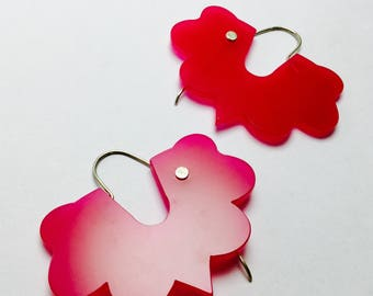 MORO earrings in various colors