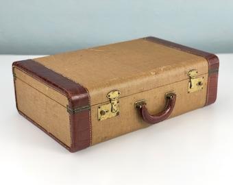 Vintage Tweed Suitcase, Old Suit Case, Vintage Travel, Photo Prop, Vintage Luggage, Stage Props