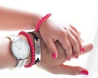 Baby Girl Gift, Holiday Bracelet, Mother daughter, first Christmas, Child Birthday, Big Sister Gift, Stocking Stuffer, Poppy Red Bracelet