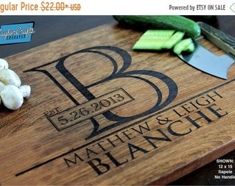 SPRING SALE - 20% OFF - Personalized Cutting Board, Engraved Cutting Board, Personalized Wedding Gift, Wedding Gift, Housewarming Gift, Anni