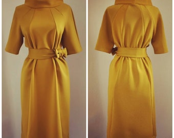 An Audrey Hepburn inspired dress. 60s style vintage dress reproduction, padded retro dress with a belt, hand made to your measure