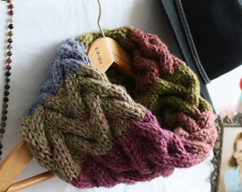 Rainbow Cable Cowl