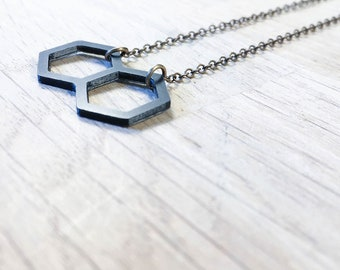 Thin and geometric necklace, 3D printed, women gift, delicate and minimalist jewelry, bronze chain