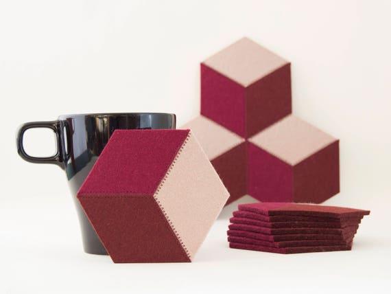 Set of felt coasters / burgundy coasters / hexagonal coasters / wool felt coasters/ made in Italy