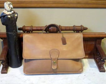 Dads Grads Sale Coach Shoulder Portfolio In Tabac (Tan) Leather Style No. 5160- Made In New York City -VGC- Missing Strap