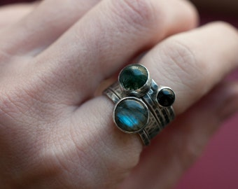 Gemstone and sterling silver stacking ring set, five ring set, labradorite, moss agate and onyx rings with wide and skinny 925 bands.