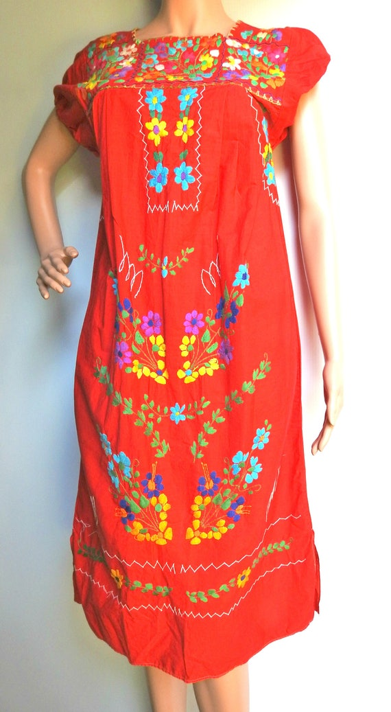 VINTAGE embroidered MEXICAN peasant DRESS