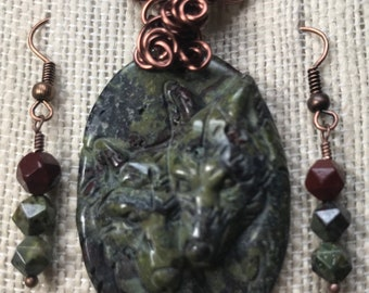 Antiqued Copper Wire Wrapped Twin Carved Wolves' Heads Natural Dragons Blood Jasper Pendant and Earrings Set - Gift Boxed