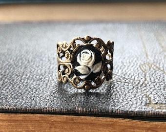 Rose Cameo Filigree Ring