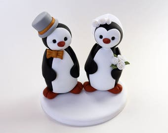 Bride and Groom Penguin Wedding Cake Topper // With Veil and Top Hat // Made to Order