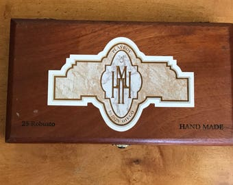 Hugh Hefner Cigar Box ROBUSTO, PLAYBOY by Don Diego Signature Wooden 25 Robusto Collectible Vintage Gift Idea For The Man Who Has Everything