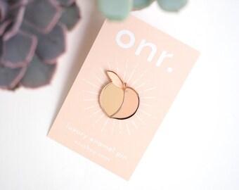 Feeling Peachy Enamel Pin // peach pin - enamel pin - lapel pin - flair - enamel jewellery - pin badge