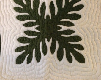 Handquilted Hawaiian Pillow Cover