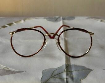 Vintage Rare NOBEL Panto Eyeglasses Frame 49/22 with Blonde rims. Made in Japan. 70's