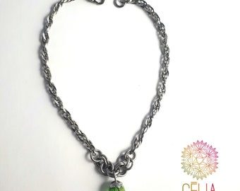 Anklet chain in stainless steel. Ankle bracelet made with a small link with green Crystal bead chain. Women summer jewelry