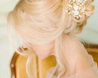 Gold Pearl Wedding Headpiece, Bridal Hair vine, Floral Headpiece, Botanical Wedding, Bohemian hair bun accessories - Tessa