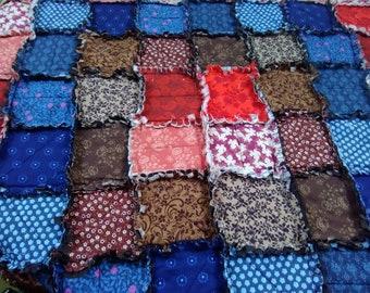 Rustic Rag Quilt (Concentric Squares)