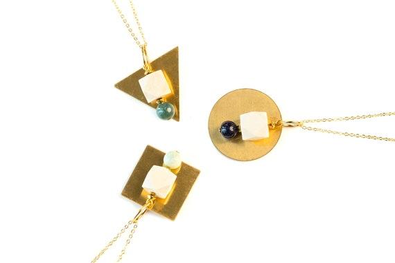 ELEANOR Round Gemstone, Wood & Brass Pendant Diffuser Necklace