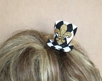 Mini top hat - Gold fleur de lis - black and white diamond print fabric