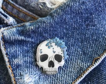 Handmade Blue Crystal Cluster Formation on White Skull Lapel Pin