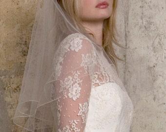 short plain silk tulle wedding veil on comb