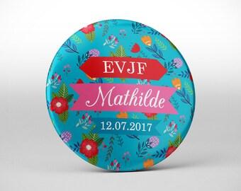 1 pin\u0027s Badge cadeau souvenir EVJF / Fleurs du Japon