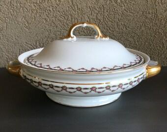 Vegetable Bowl Heinrich 9642 H&C Sele Bavaria Manchester Covered w/ Lid Vintage White Pink - D2059