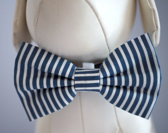 Striped Navy Dog Bow Tie, White Stripes on Blue Bowties for Dogs, Seersucker Pet Wedding Bow, Cat Collar Bow Velcro fits Small Medium Large