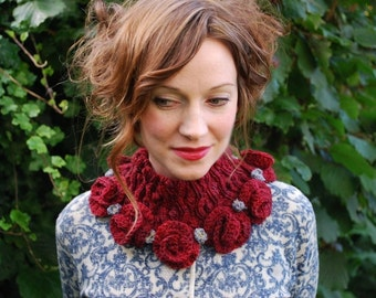 the sleeping beauty cowl KNITTING PATTERN