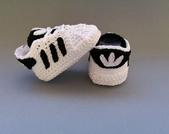 Crochet baby sneakers, newborn, adidasi, shoes, booties