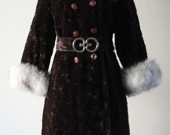 Vintage 1960s Crushed Velvet Kroywen Luxury Fox Trim Brown Bullock's Coat