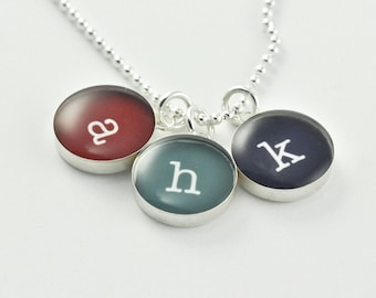 Children's Initial Necklace • Charm Initial Personalized Jewelry • Gift for Her • Gift for Mom • Mothers Day Gift • Dainty Necklace