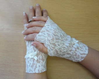 Fingerless Gloves Stretch Ivory Lace