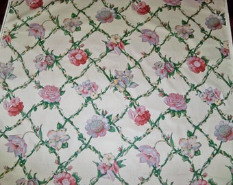 DESIGNER FLORAL CABBAGE Roses Trellis Polished Cotton Fabric 18 Yards Cream Green Rose Blue Multi