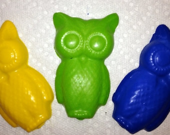 10 sets of 3 Owl Crayons -  Woodland Forest Party Favors