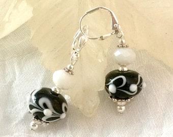 Black & White Lampwork Earrings, Handmade Earrings, Black Earrings, Beaded Earrings,  Lampwork Earrings, Art Glass, Lampwork Glass Beads