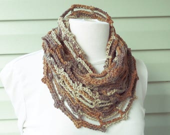 PATTERN S-023 / Crochet Pattern / Mobius Chain Cowl - worsted 175 yards