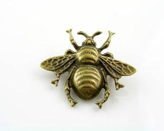 Bee Brooch, Cute Pin, Bug Brooch, Gift Idea, Handmade Brooch, Lapel Pin, Pin Badge, Bee Pin, Bee Jewelry, Bug Jewelry, Large Bee, P308