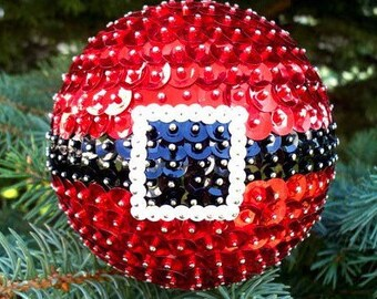 Customizable Christmas Ornaments!