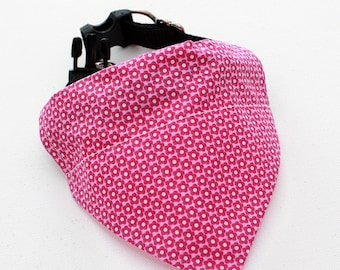 """Bandana for Cats / Dogs / reversible """" Pretty in Pink """""""