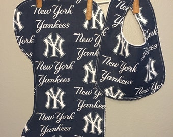 NY Yankees Baby Bib, Burp Cloth Set