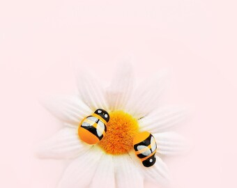 Bee stud earrings Post earrings insect stud earrings Tiny bee stud earrings Bee jewellery Yellow earrings