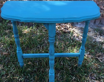 End Table, Night Stand, Shabby Chic Decor, Dixie Belle Pure Ocean Chalk Paint, Three Legged Table,