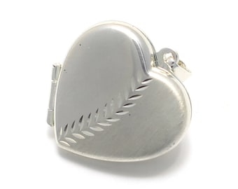 Heart Locket with fern pattern made of 925 sterling silver