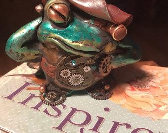 Steampunk frog Knick Knack
