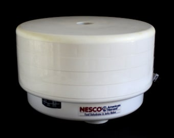 Nesco American Harvest Dehydrator FD50 Dried Food Fruit Jerky Snackmaster Pro, Used