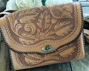 Mexican leather purse/leather purse/leather bag/mexican bag/mexico purse/leather handbag/vintage boho bag/mexican purse/ leather floral bag